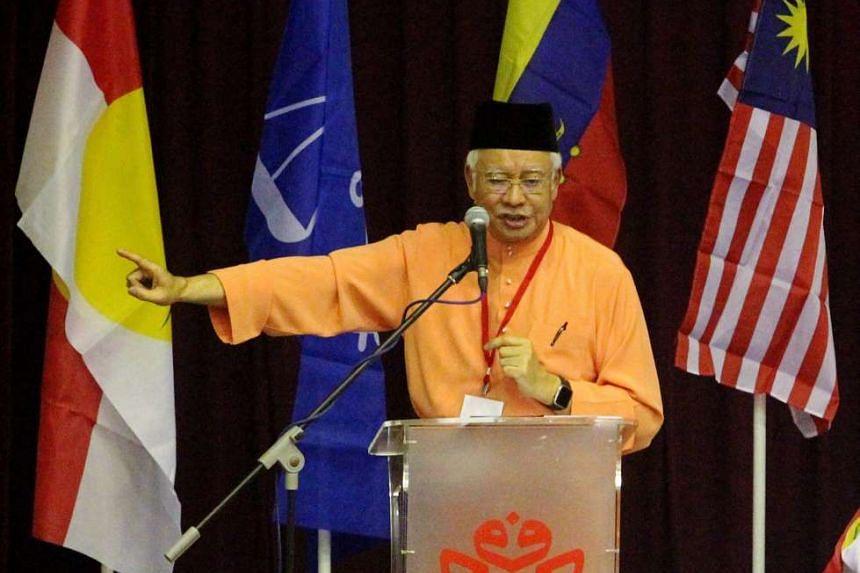 PM Najib opening the Bandar Tun Razak UMNO meeting.
