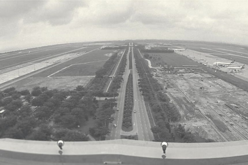 Above: The same area in 1984. The first runway is on the right and the second runway on the left.