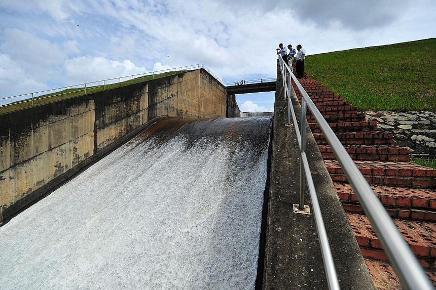 The water levels of Linggiu Reservoir have dropped to a historic low. It was built upstream of Johor River so it can collect and release rainwater to push seawater back into the sea, ensuring Singapore's supply.