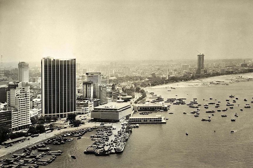 The third version of Ocean Building housed Straits Steamship's offices. Ocean Financial Centre, built by Keppel Land, now sits on the site.