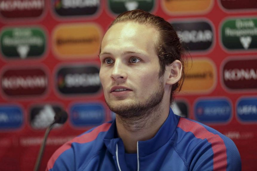 Manchester United midfielder Daley Blind believes he has the ability to flourish as a centre-back for the Premier League side.