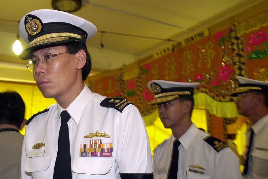 Then Chief of Navy Lui Tuck Yew at the funeral and wake Navy Specialist Corporal Goh Hui Ling, who was killed in the collision between the RSS Courageous and the ANL Indonesia in 2005.