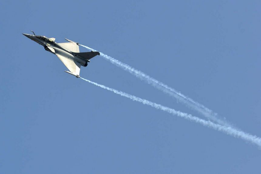 "A Dassault Rafale combat aircraft during the inauguration ceremony of ""Aero India 2013"" in this February 6, 2013 file photo."