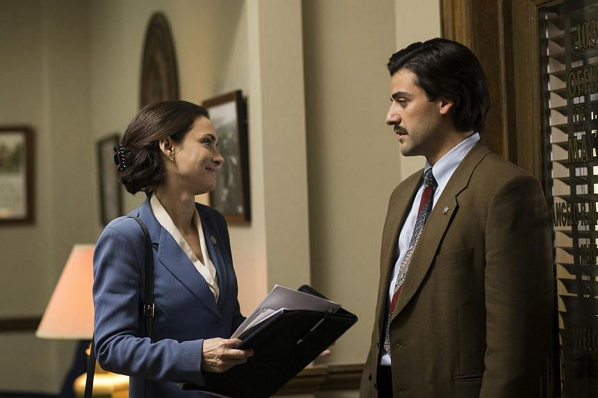 Winona Ryder and Oscar Isaac star in Show Me A Hero.