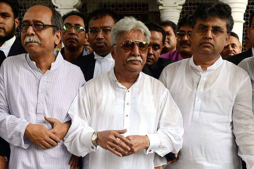 Bangladeshi editor and newspaper publisher Atiqullah Khan Masud was convicted of contempt of court and fined for criticising a judge.