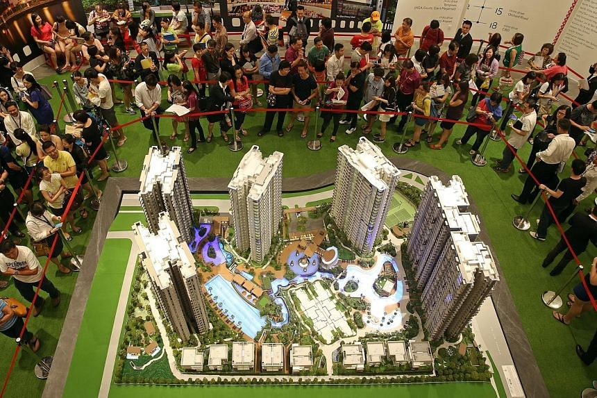 High Park Residences in Fernvale Road, launched last month, was the star performer with 1,169 units sold at a median price of $989 per sq ft. Developers sold 1,594 new private homes in July.
