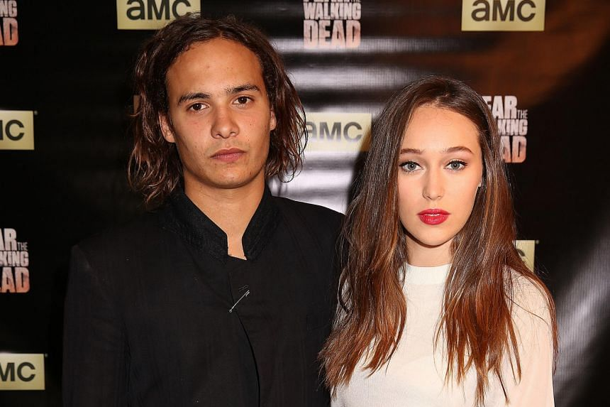 Alycia Debnam-Carey(right) with co-star Frank Dillane.