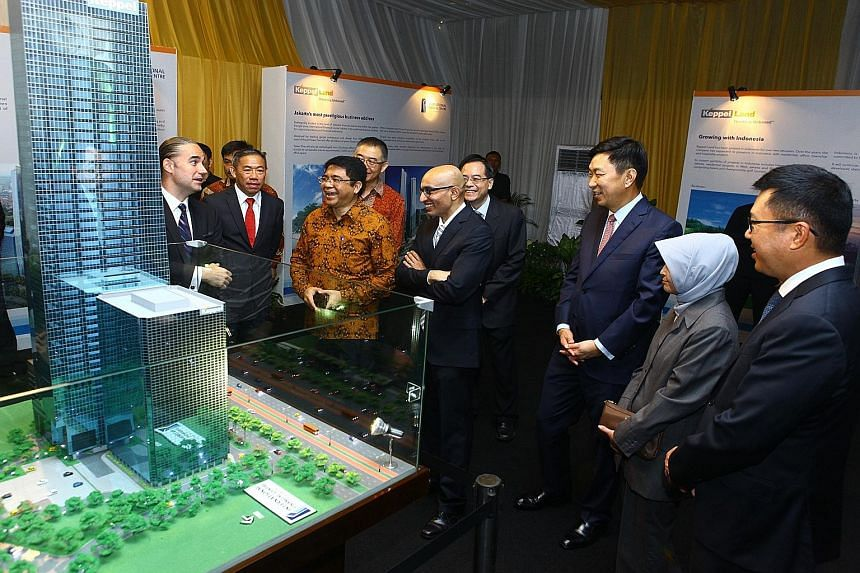 From left: Mr Jonathan Wall, director of architecture firm NBBJ, Mr Sam Moon Thong, head of Keppel Land's Indonesia operations, Mr Franky Sibarani, head of Indonesia's investment agency BKPM, Mr Anil Kumar Nayar, Singapore's Ambassador to Indonesia (