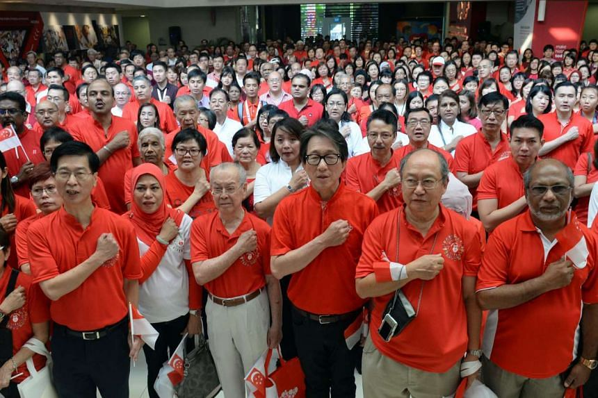 Minister Lim Swee Say, Deputy Chairman of the PA joined More than 600 grassroots volunteers and staff PA National Day Observance Ceremony on Aug 19, 2015.