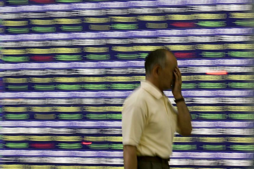 Asian stocks fell early on Friday as fears took hold of a China-led deceleration in global growth.