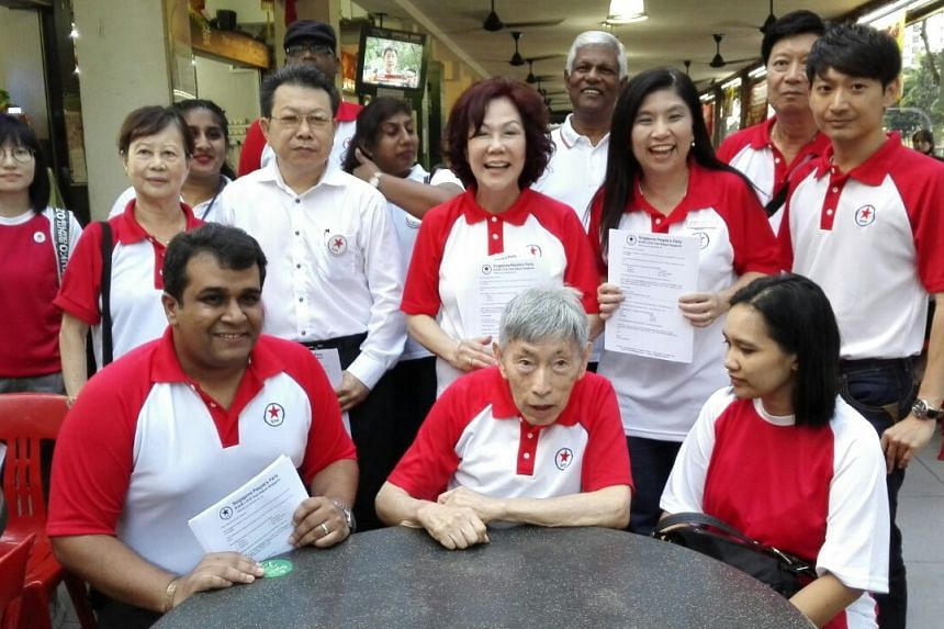 Party chief Chiam See Tong also made a rare appearance.