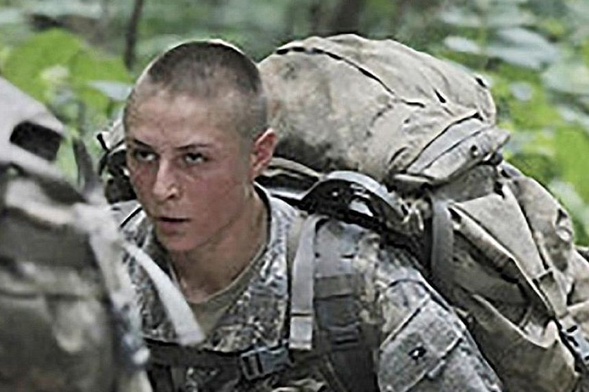 Captain Kristen Griest (at far left) and First-Lieutenant Shaye Haver taking part in training at Ranger School in Fort Benning.
