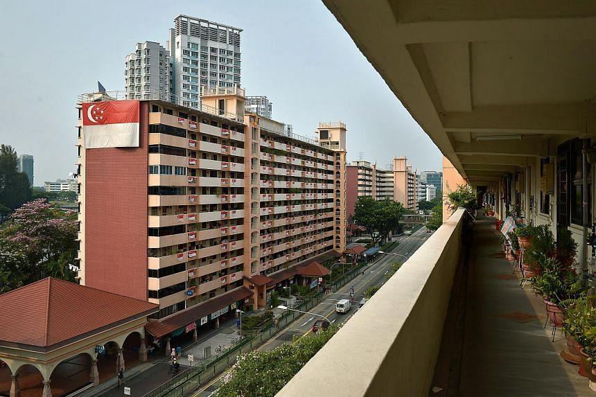 HDB flats along Bendemeer Road near the Kolam Ayer ABC Waterfront.
