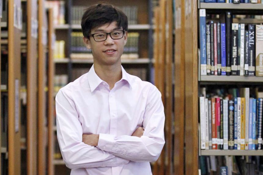 Hwa Chong Institution alumnus Raymond Scott Lee took home this year's Angus Ross Prize, which is given to the top A-level English literature student outside Britain. Singapore students have won the award every year since it began in 1987, except in 2000.