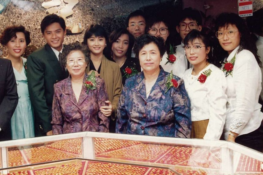 My Life So Far: (From left) Ms Mary Lim with actor Li Nanxing, her aunt Lim Siew Kiang, actress Chen Li Ping, her sister Joyce, their mother Ng Hwee Meng, sisters Sharon and Evon, (back row, from left) brother Peter, his wife Justina and brother Dani