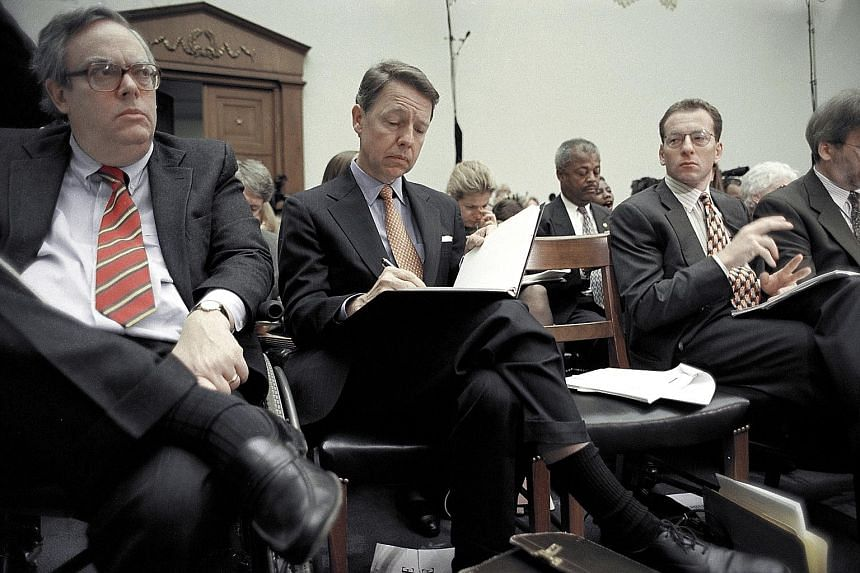 Mr David E. Kendall (centre) attending an impeachment hearing for then US President Bill Clinton in 1998. Mr Kendall has been the Clintons' personal lawyer for more than 20 years, covering matters from land dealings to the Monica Lewinsky affair.