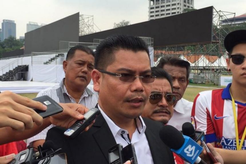 Anti-Bersih red shirt group spokesman Jamal Yunus (pictured) said the group will not hold its rally on the same day as Bersih 4.0.