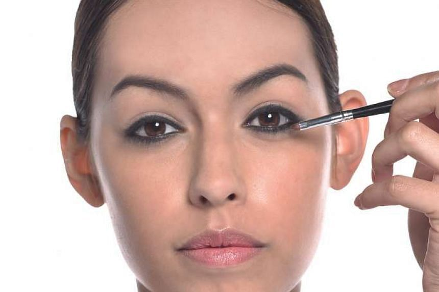 Applying too much matte and dark eye make-up all around your eyes can end up making them look smaller.