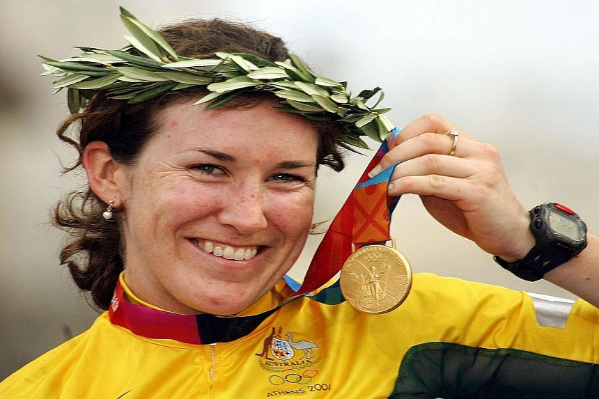 Singapore cyclist Dinah Chan will train under the tutelage of 2004 Olympic champion Sara Carrigan (above).