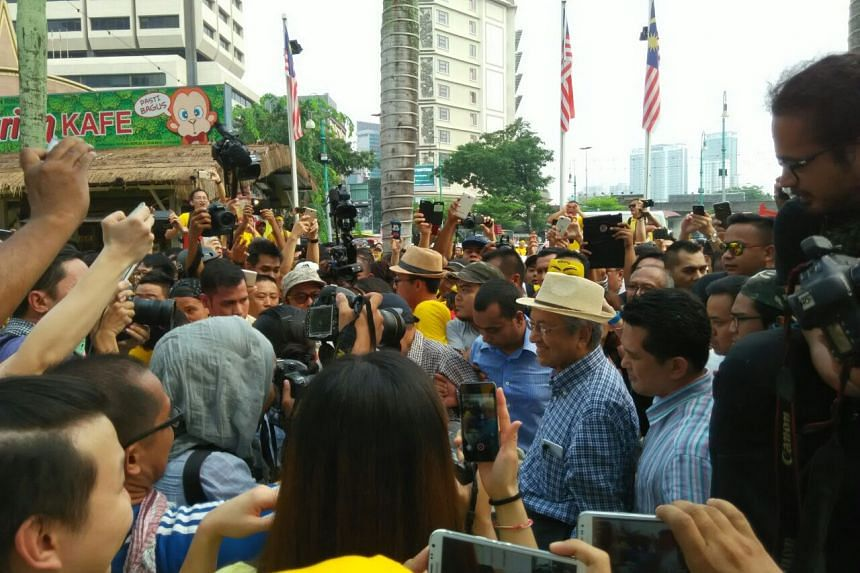 Former Malaysian prime minister Mahathir Mohammad near Pasar Seni LRT station in Kuala Lumpur on Aug 30, 2015. Tun Mahathir joined the participants of Bersih 4 at the station on Sunday.