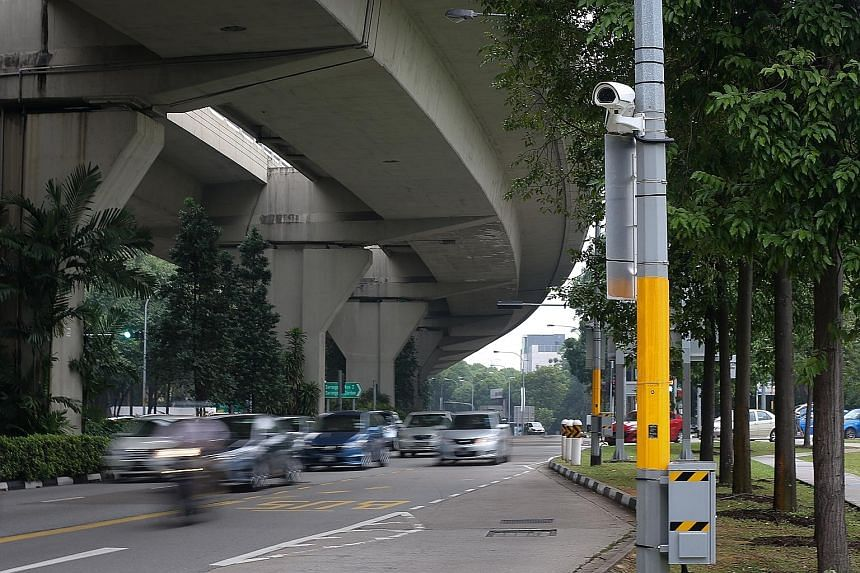 A CCTV camera near Serangoon MRT station. The LTA found most drivers picked up and dropped off passengers without causing obstruction. ST PHOTO: ONG WEE JIN