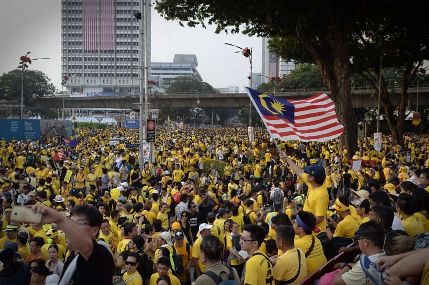 Tens of thousands of Malaysian protesters turning up for the Bersih rally at the areas surrounding Merdeka Square in Kuala Lumpur on Aug 29, 2015.