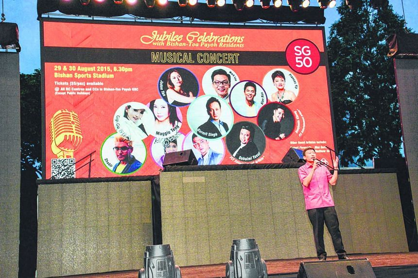Mr Chee Hong Tat, one of the PAP's candidates for the Bishan-Toa Payoh GRC, singing Hokkien song Sim Tau Bak on the first day of a two-day concert in the constituency last weekend.