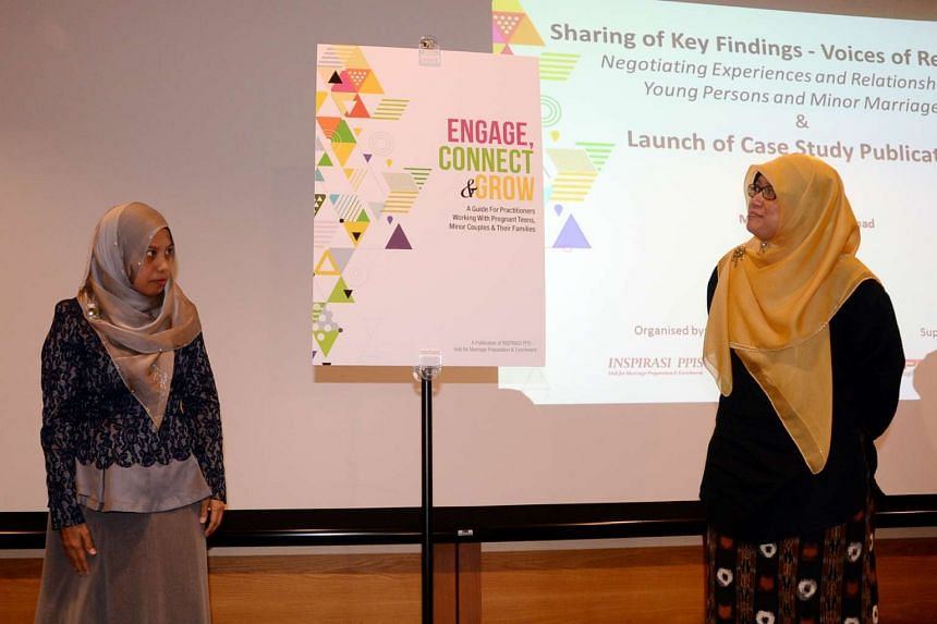 PPIS chief executive Maznah Masop (left) and PPIS president Rahayu Mohamad launching Engage, Connect & Grow, a guide book for organisations and counsellors working with pregnant teenagers and young marriages.