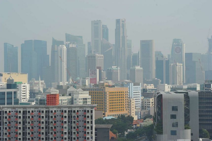 The Singapore skyline at 4.30pm on Sept 3, 2015 when the3-hour PSI was 94.