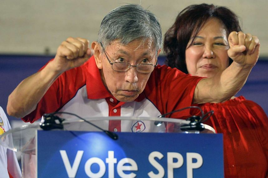 Veteran opposition leader Chiam See Tong and his wife Lina, the SPP's candidate for Potong Pasir SMC. Though visibly frail, he made a short speech at the rally. Sections of the crowd chanted his name.