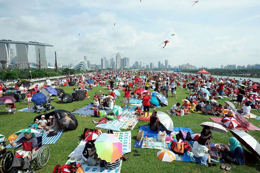 About 1,500 families gathering at Marina Barrage for the first of five SG50 picnics organised by Families For Life during the Jubilee Weekend.