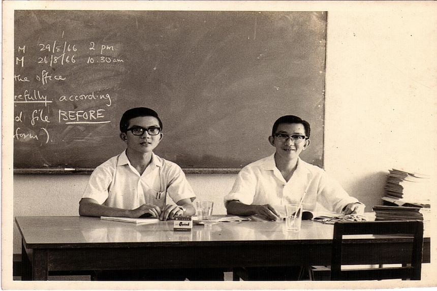 Mr Siow Chin Lam is pictured above (on the left) with Mr Julian Hwang, another retired teacher.