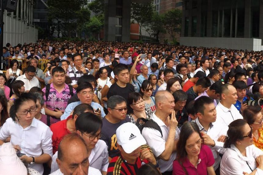 The crowd at the lunchtime rally at UOB Plaza promenade on Sept 8, 2015.