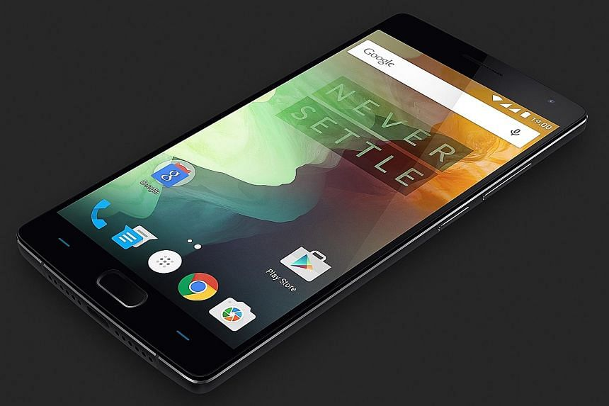 OnePlus' Oxygen 2.0 operating system, a slightly modified version of the stock Android OS, feels snappy and should appeal to long-time Android users for its familiarity.