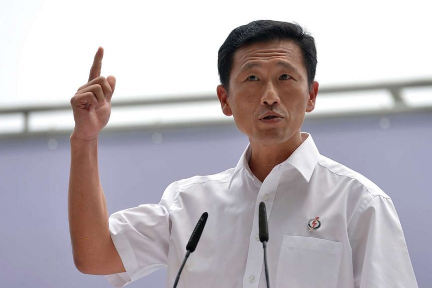 Mr Ong Ye Kung at PAP Rally at the Promenade area beside UOB Plaza.