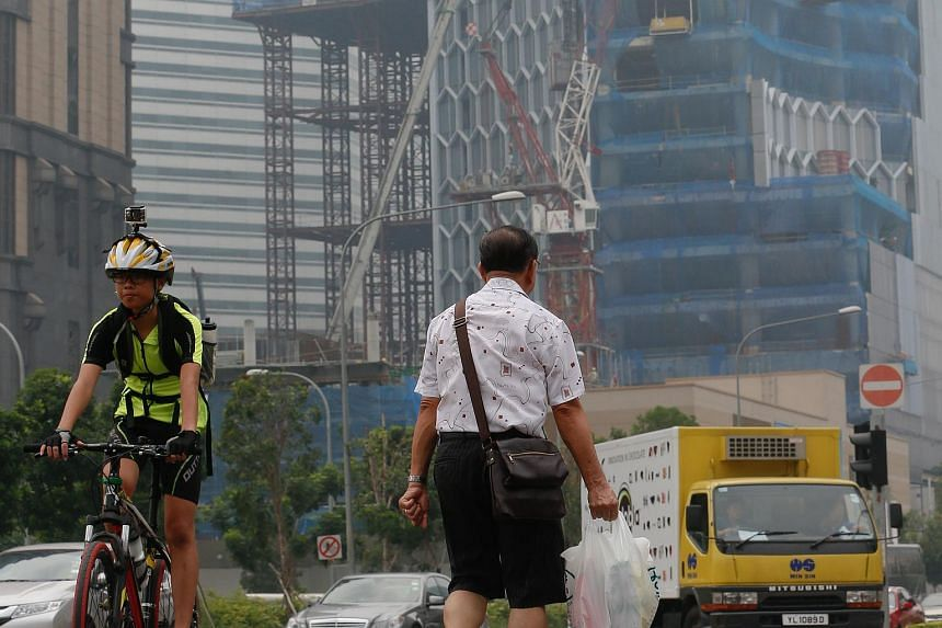 The haze situation at the junction between Victoria and Rochor Road at 11am on Sept 10, 2015.