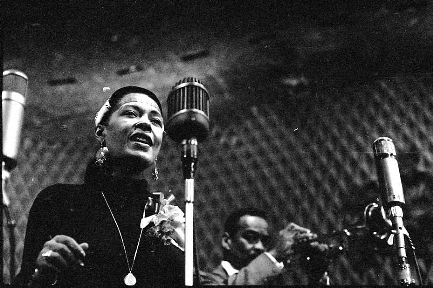 Legendary singer Billie Holiday will return to the New York stage posthumously this year as the Apollo Theater launches hologram performances.