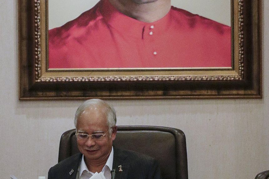 Prime Minister Najib Razak said at a Supreme Council meeting in Kuala Lumpur on Wednesday that Umno would not stop its members from joining the 'red shirt' rally.