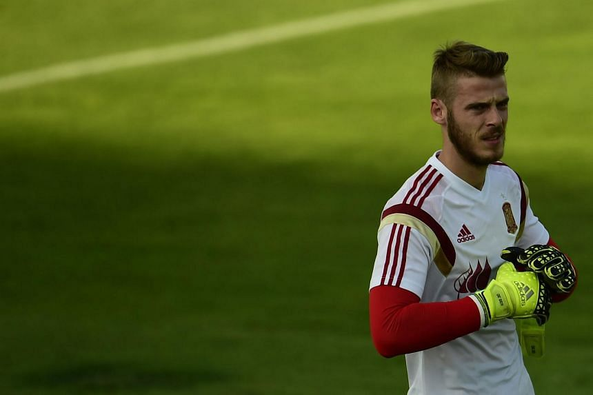 Manchester United's Spanish goalkeeper David de Gea attends a training session of the Spanish national football team in Las Rozas' Soccer City on Sept 2, 2015.