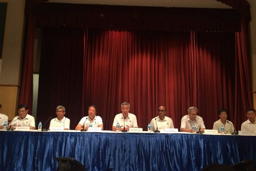 PM Lee was joined by the Deputy Prime Ministers, Cabinet ministers and some newly elected candidates at the press conference.