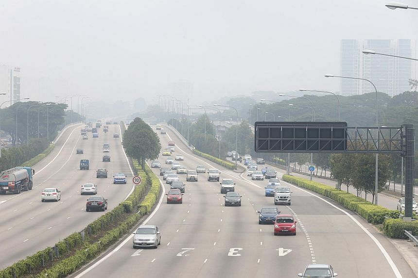The haze worsened on Sunday (Sept 13) as the 24-hour Pollutants Standard Index (PSI) climbed further up the unhealthy band.