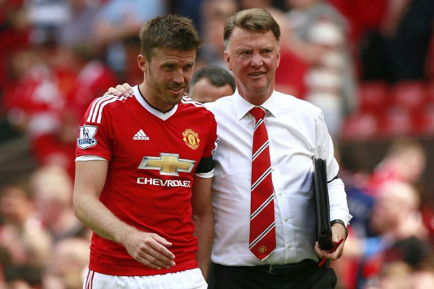 Louis van Gaal, with Michael Carrick, says he is no dictator but has a good relationship with his players. The fact that more players have come to see him reflects their trust.