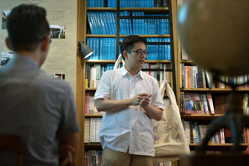 Mr Tan Dan Feng, director of translation company Interlexis, gave Jurong Junior College students a taste of the challenges faced by professional translators when they spent a week at his office poring over technically difficult materials such as insu