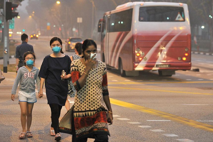 Haze situation around Rivervale Lane at 7.05pm on Sept 14, 2015.
