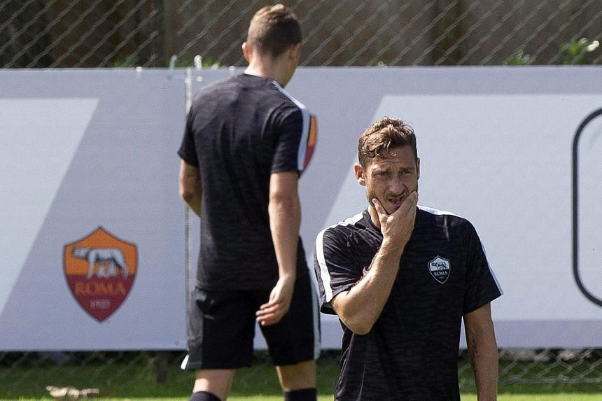 Roma, with captain Francesco Totti in training, has been strengthened this season with the acquisition of strikers Edin Dzeko and Iago Falque. Pundits think they can vie for the Serie A crown.