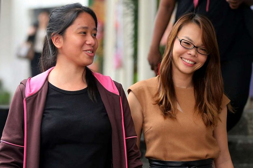Carmen Chng Jiawen (left) with lawyer R. Thrumurgan's wife, Ms Priscilla Yip, who says the teen just needs guidance.