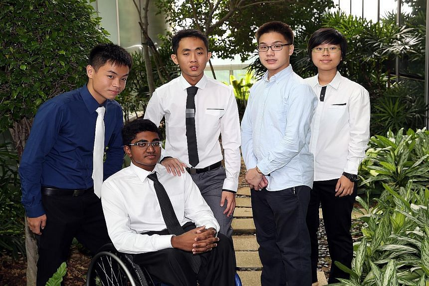 (From left) Mr Then An Zhi, 22, Mr Mohamed Najulah, 19, Mr Ang Chin Hao, 21, Mr Daryl Loh, 18, and Ms Er Xue Hui, 20, are the five recipients of the Microsoft YouthSpark Scholarship this year. The award, administered by volunteer welfare organisation