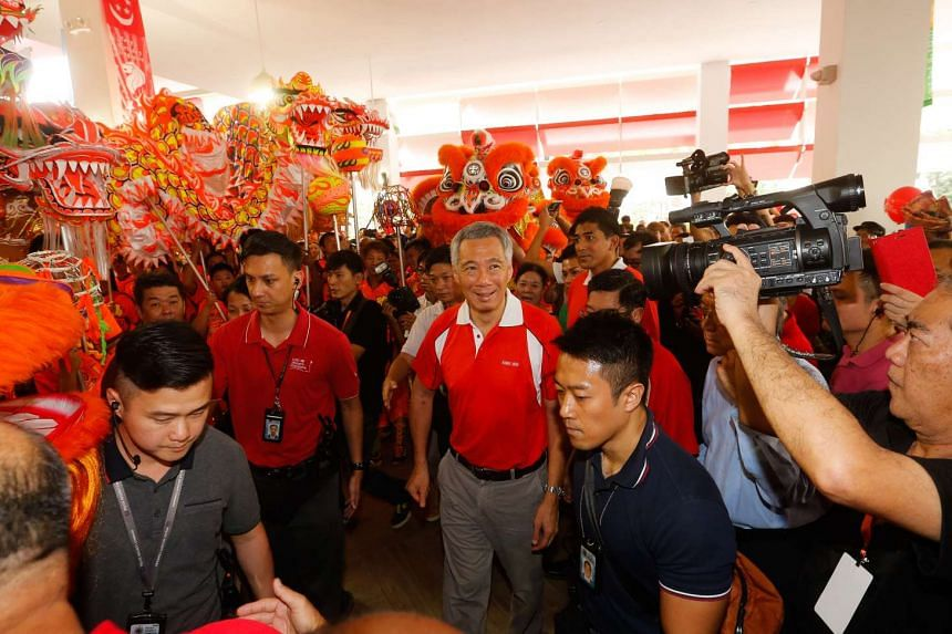 A new Ci Yuan Community Club, the first community club to have its own hawker centre and Family Medicine Clinic, was opened by Prime Minister Lee Hsien Loong on Sept 20, 2015.