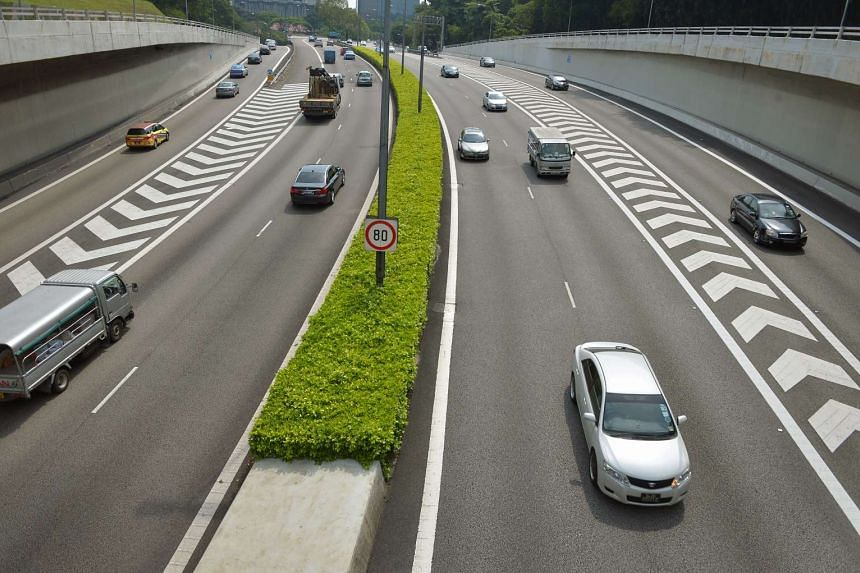Smooth flowing taffic along central expressway (CTE) seen from Chin Swee Road.