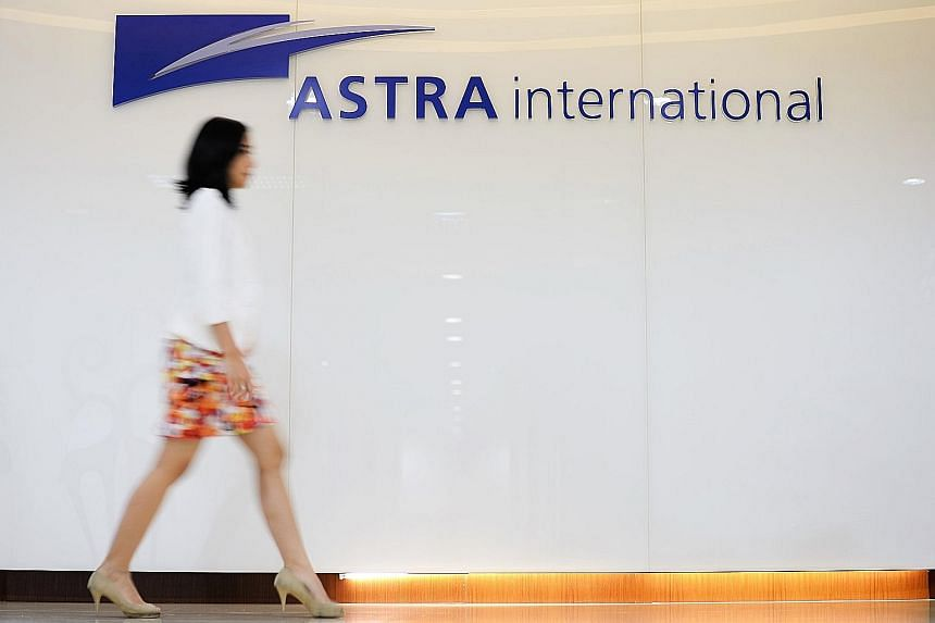 Astra International offers internships to overcome talent shortage.